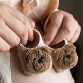 Babyschuhe mit Bärchen-Design