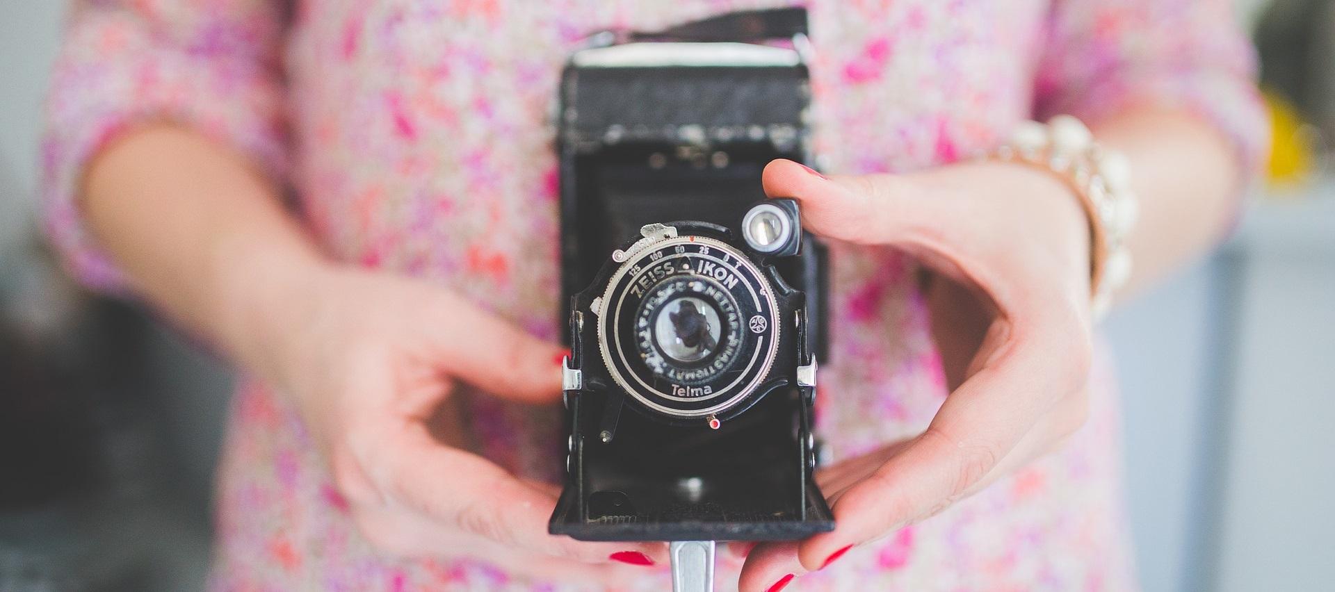 camera-791151_1920