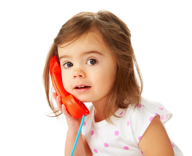 telefonierendes Kind