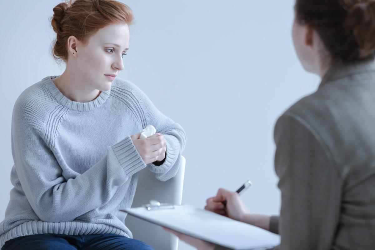 Frau in psychologischer Behandlung