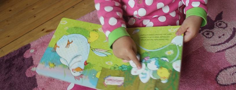 Banner: Das kleine Huhn hat viel zu tun – Susanne Lütje