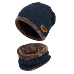 Mütze und Schal set in blau