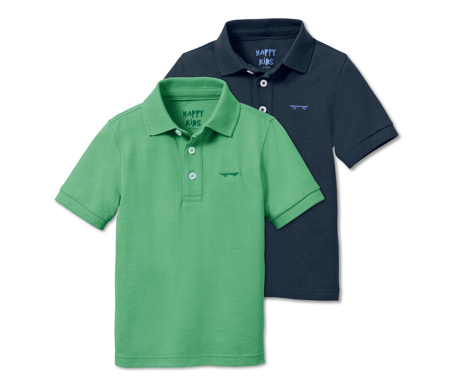 zwei Poloshirts in grün und blau