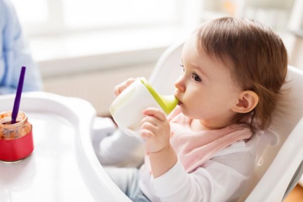 Was Babys trinken dürfen