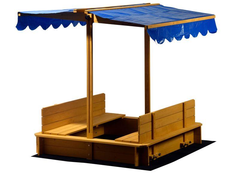 Sandkasten mit Sonnenschutz und Bänken