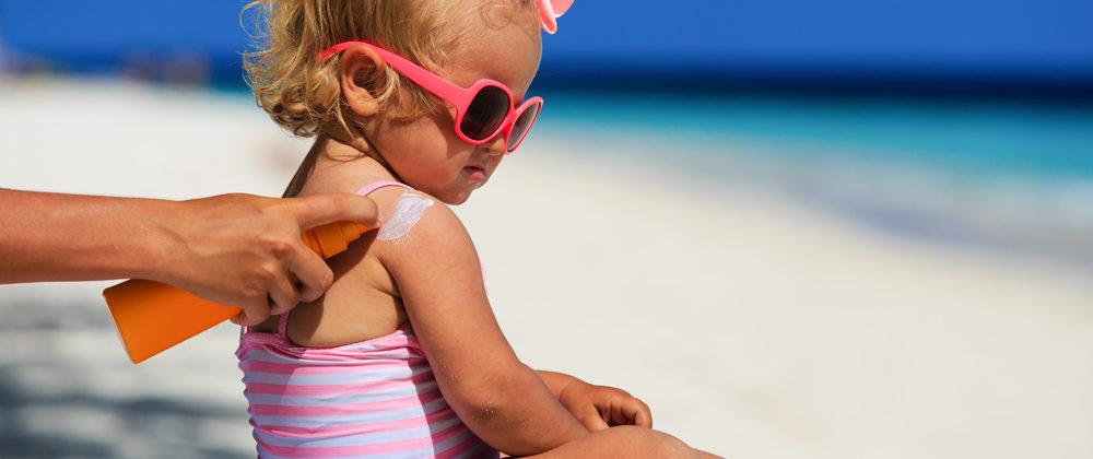 Banner: Sonnenschutz für Kinder – Sonnencreme Test und die wichtigsten Fragen!