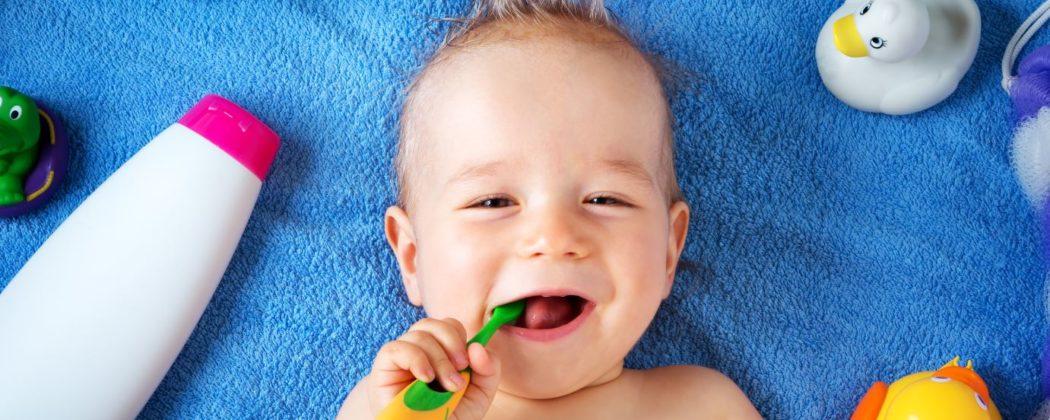 Banner: Mundhygiene – Auch ohne Zähnchen