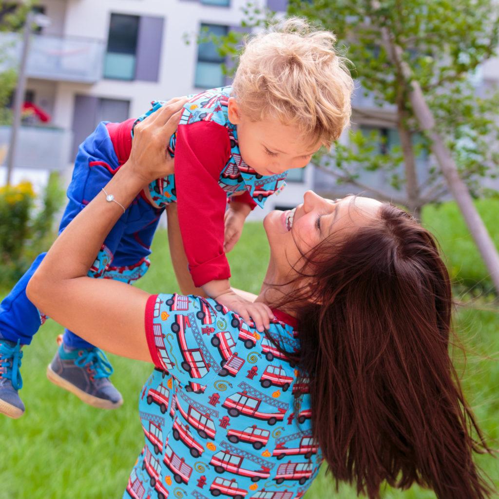 Partnerlook Mama und Sohn