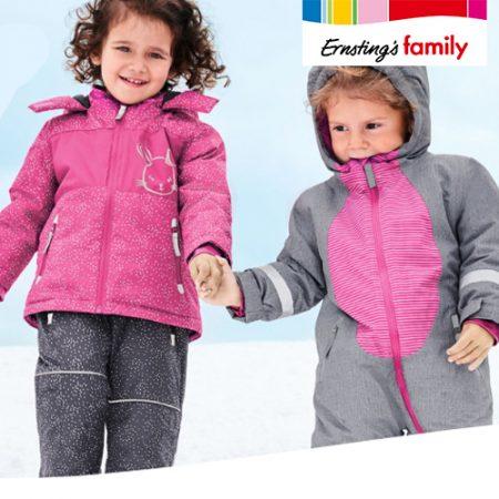 Kinder im Schneeanzug