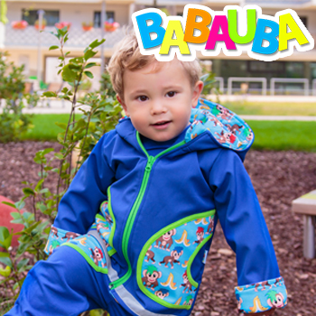 Kind mit Babauba Jacke