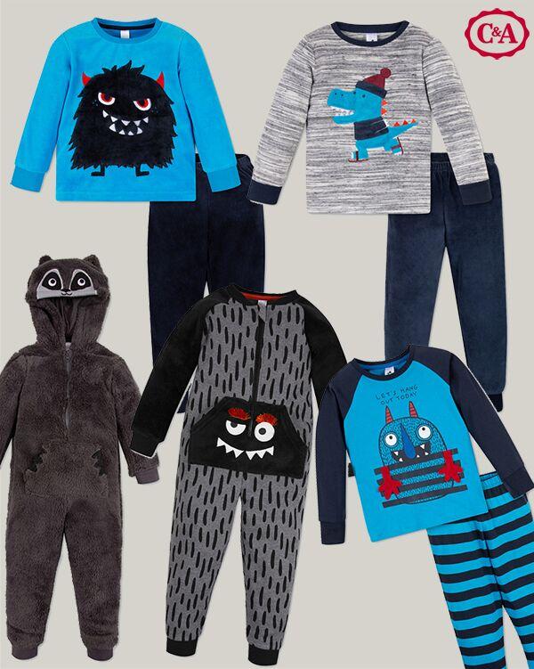 Zusammenstellung von Schlafanzügen in blau grau