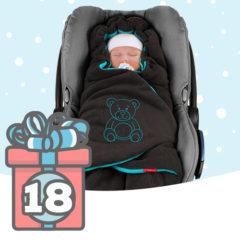 Baby in Einschlagdecke