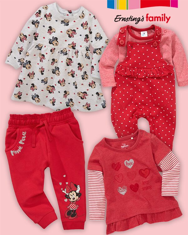 Rote Kleidungszusammenstellung