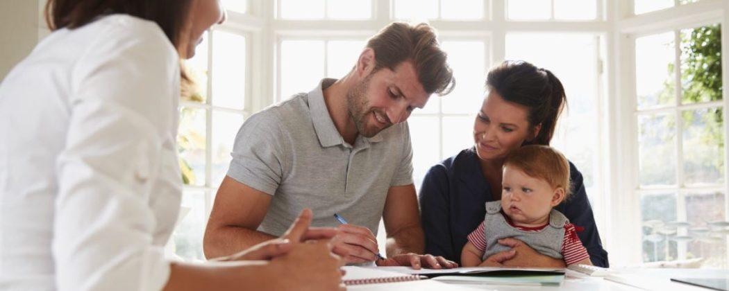 Die wichtigsten Versicherungen für Baby und Familie ...