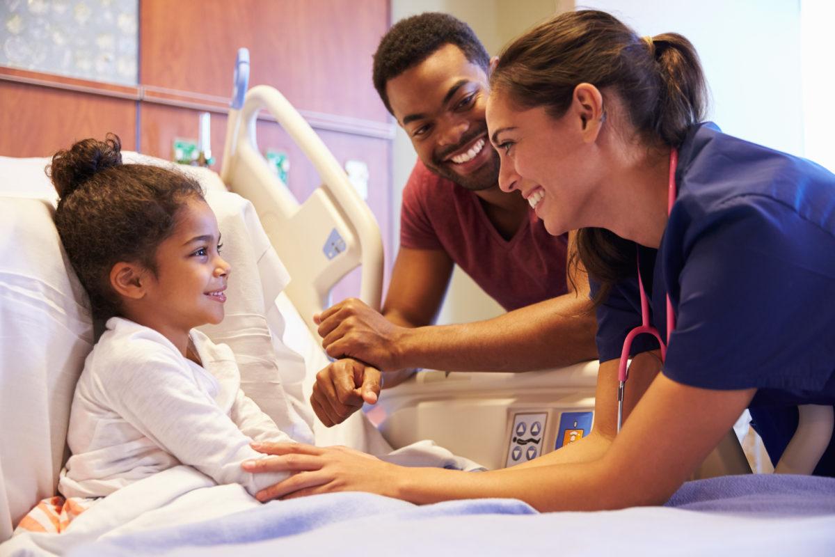 Junges Mädchen im Krankenhaus