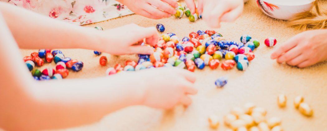 Banner: Geschenkideen für Kinder von 2 bis 4 Jahren – Ostern steht vor der Tür!