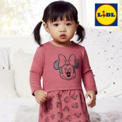 Mädchen in pinkem Minnie Mouse Kleid von LIDL