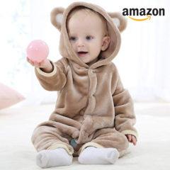 Baby im Teddyoutfit