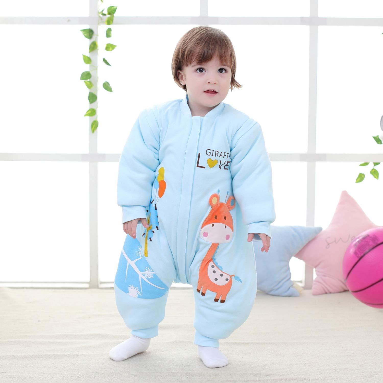 Baby in dickem Schlafsack