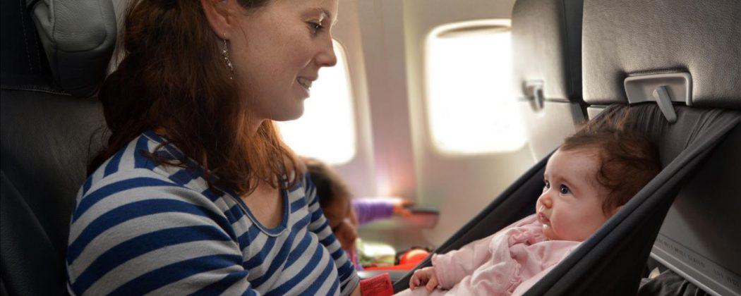 Banner: Japanische Airline markiert Kindersitzplätze – Diskriminierung oder Hilfe?