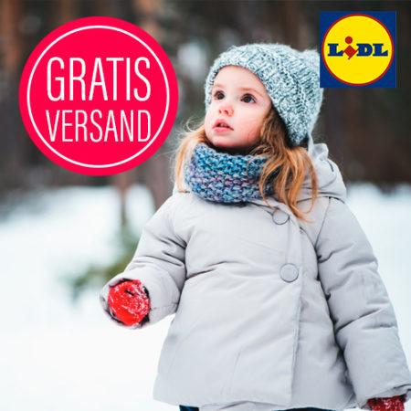 Kleines Mädchen im Schnee