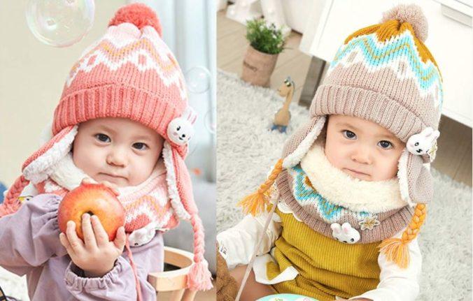 Babies in Mütze und Schal