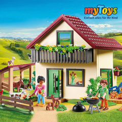 Playmobil Bauernhaus mit Stall und Tieren