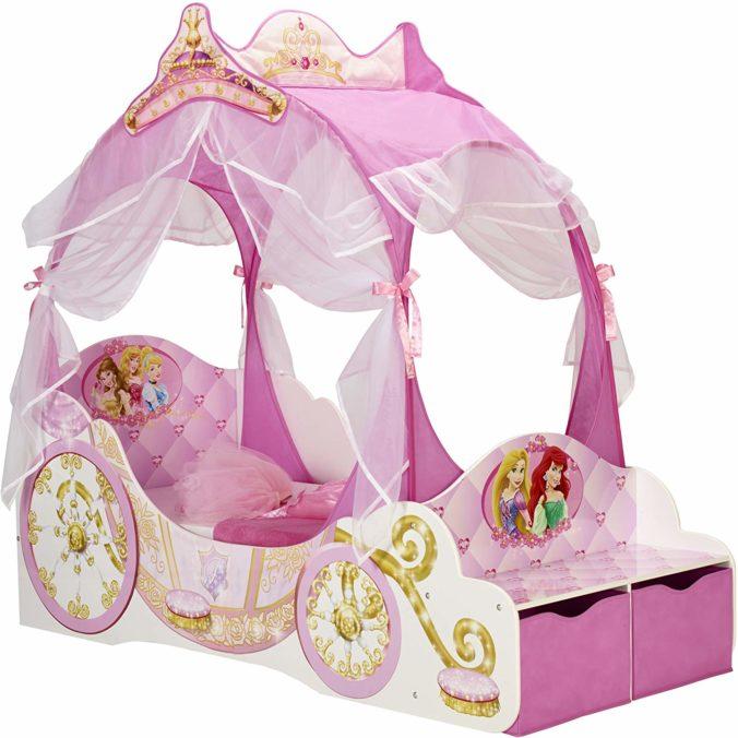 Prinzessinnenbett im Kutschendesign