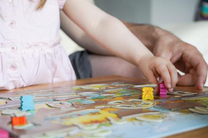 Kind spiel Spiel