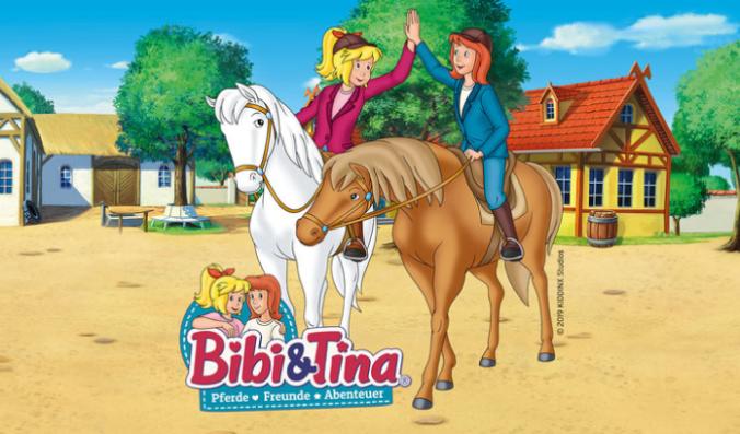 Bibi und Tina auf ihren Pferden