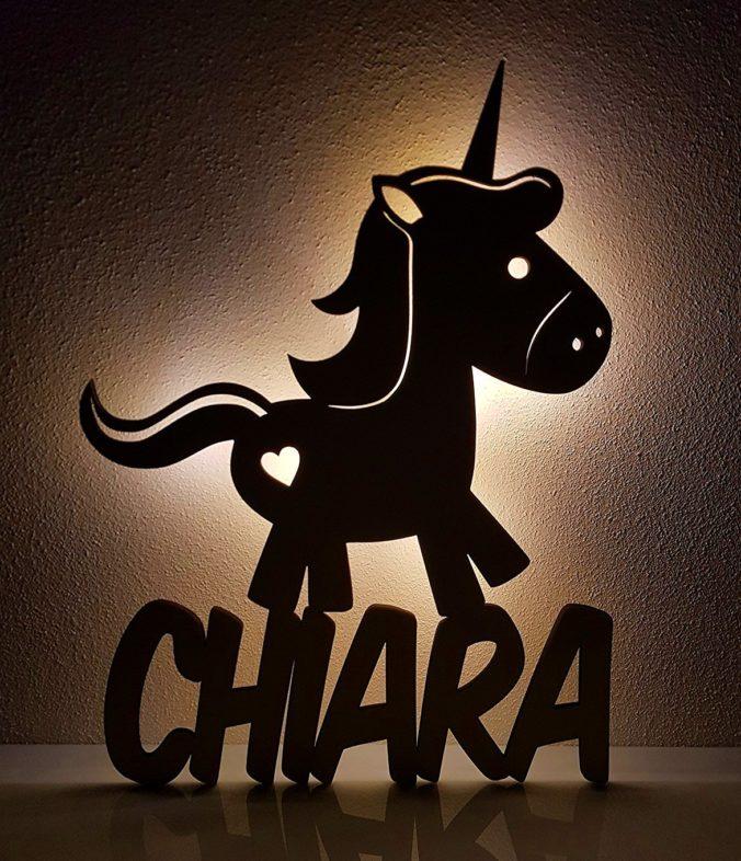Nachtlicht aus Holz mit Namensschriftzug