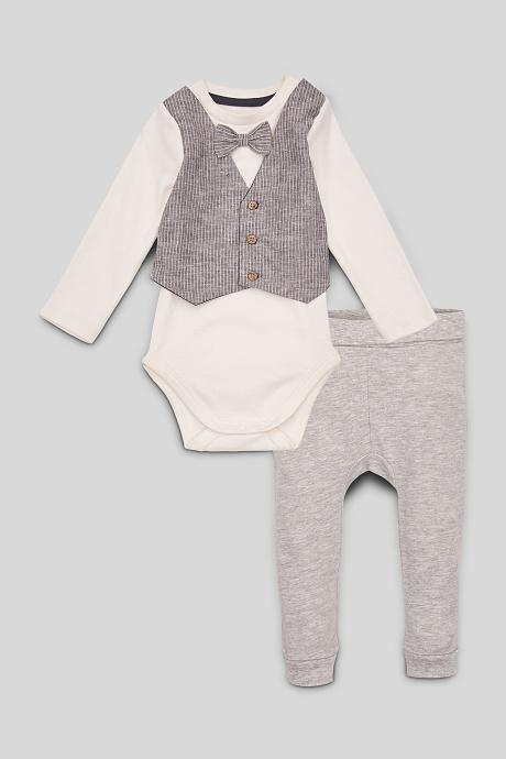 Baby-Outfit mit Weste und Fliege