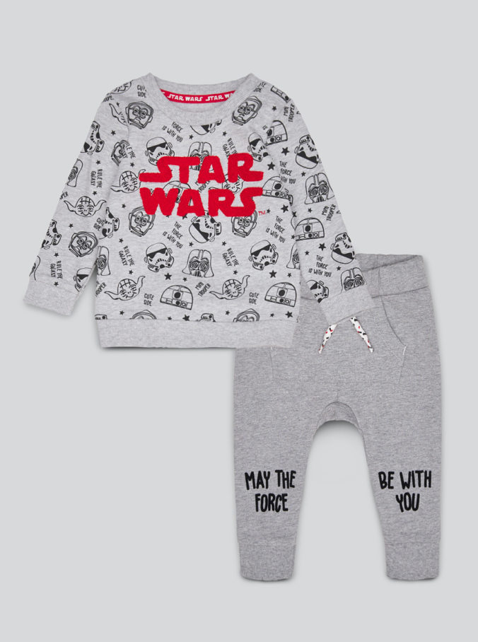 Jungenoutfit mit Star Wars Print