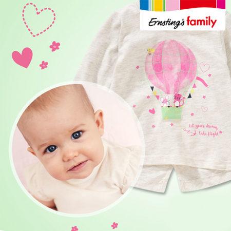 Baby und Pullover für Maedchen