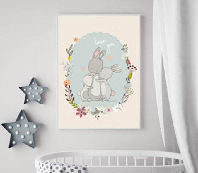 gezeichnetes Poster mit kuschelnder Hasenfamilie