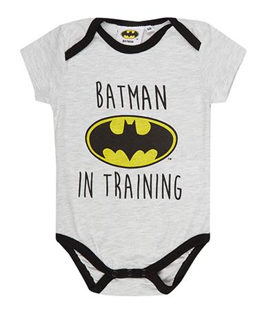 Babybody mit Aufschrift Batman in Training