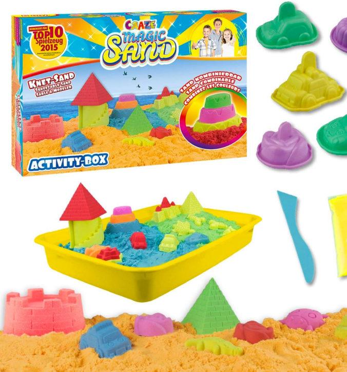 Spielset fuer Kinder mit kinetischem Sand