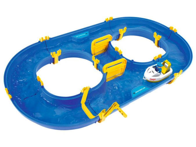 Wasserspielbahn fuer Kinder