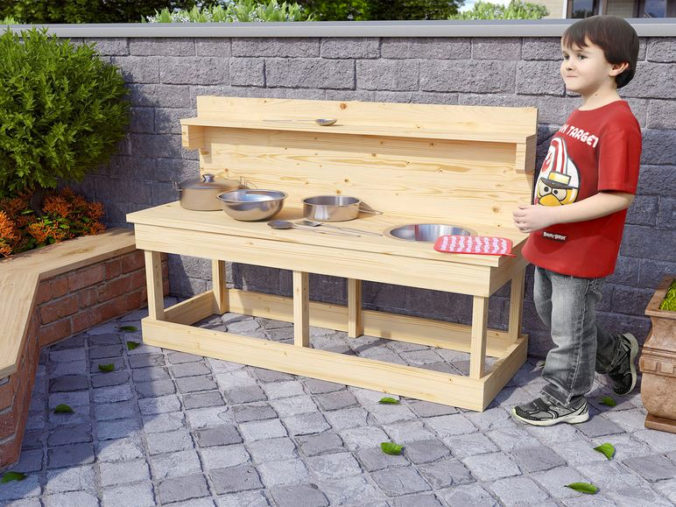 Matschküche aus Holz für Kinder
