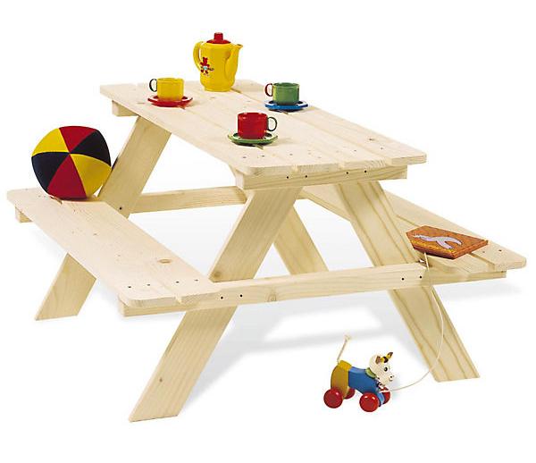 Picknicktisch aus Holz für Kinder