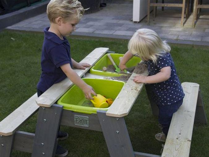 Picknick- und Matschtisch für Kinder