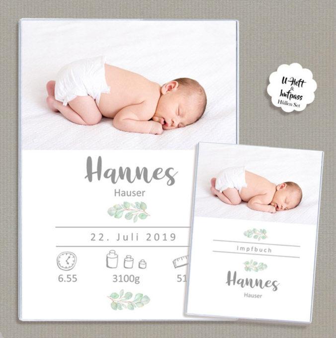 Schutzhülle mit Babyfoto und Geburtsdaten für U-Heft