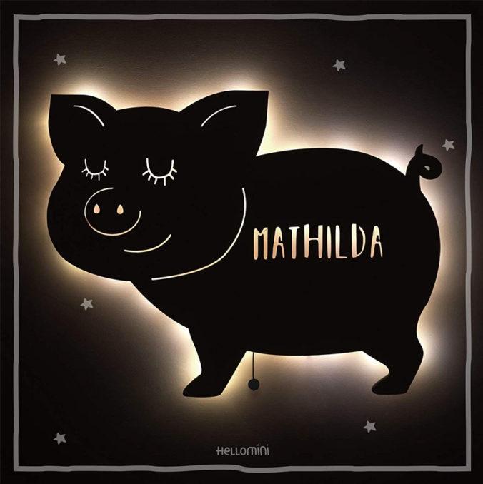 Mit Namen personalisierbares Schweinchen-Nachtlicht