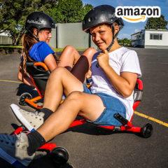 Kinder fahren mit dem EzyRoller