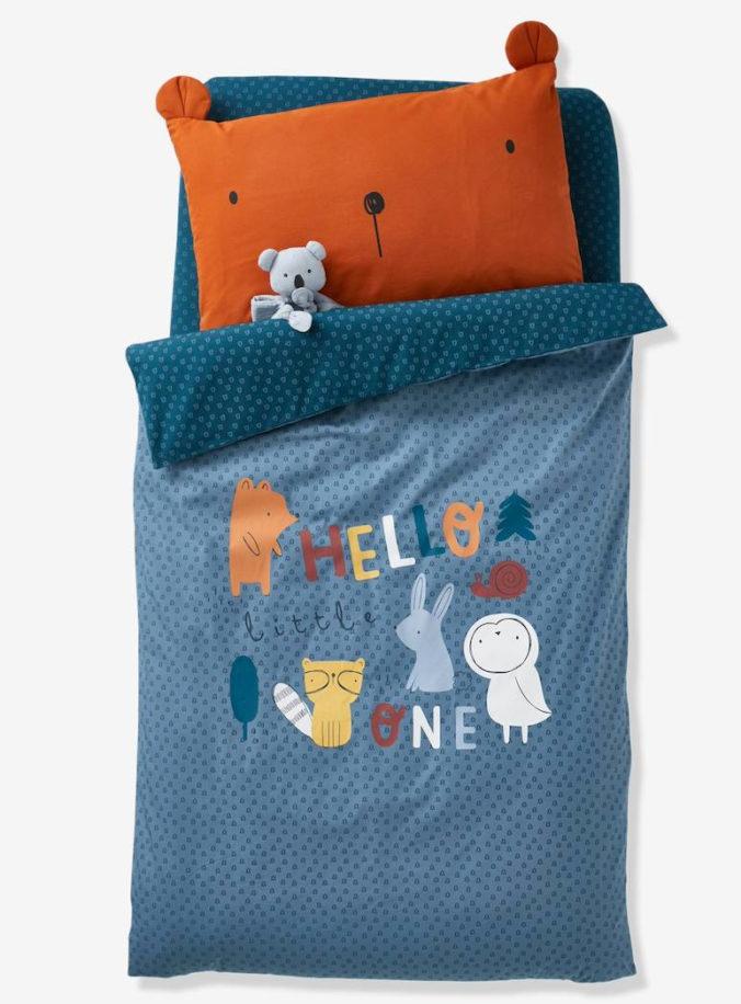 Blaue Bettwäsche mit Bärenkissen für Kinder