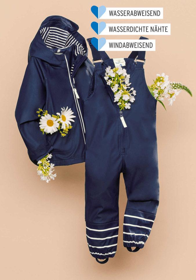 Blaue Regenkleidung für Kinder