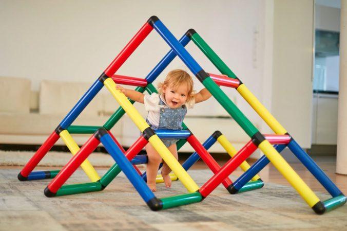 Umbaubares Klettergerüst für Kinder