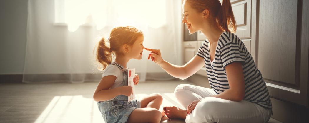 Banner: 7 Dinge, an denen du eine gute Mutter-Kind-Beziehung erkennst
