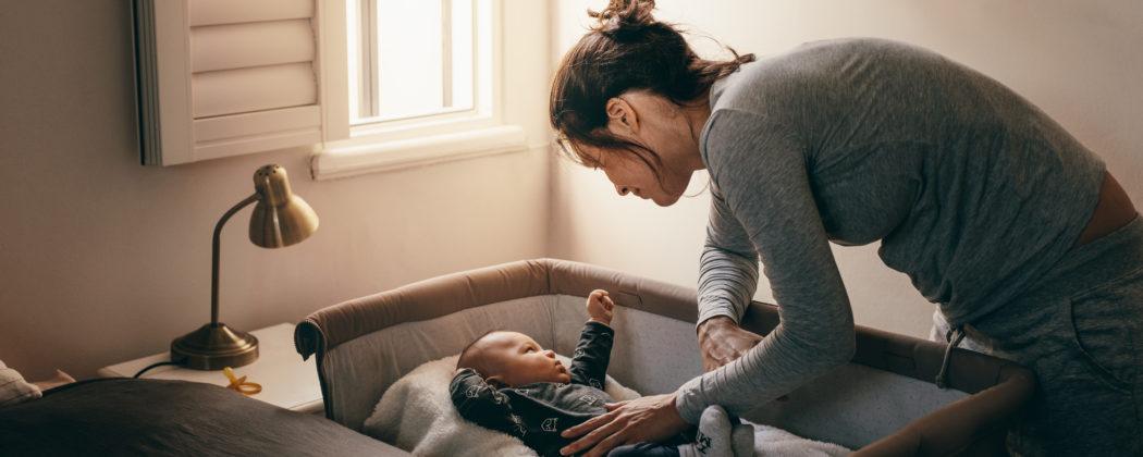 Banner: Erstausstattung – 8 Dinge, die Eltern wirklich brauchen