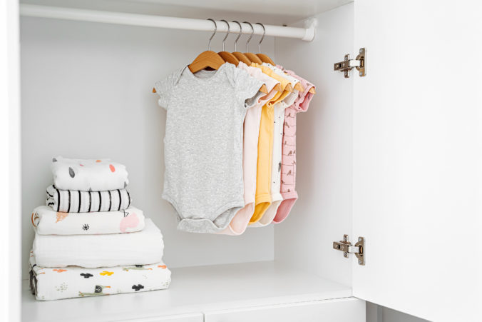 Baby Kleiderschrank